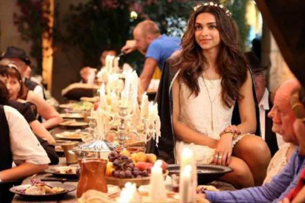 Tamasha Movie First Look Revealed