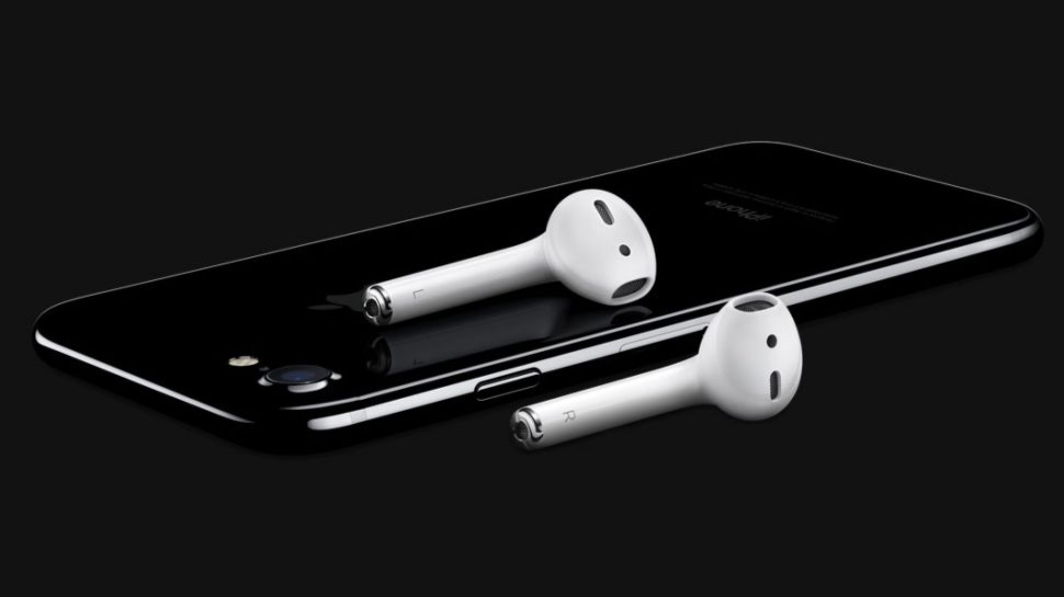 Why Apple Removes Headphone Jack from Iphone 7?