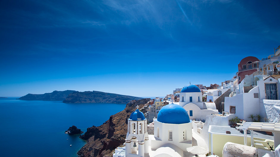 greece popular travel destination