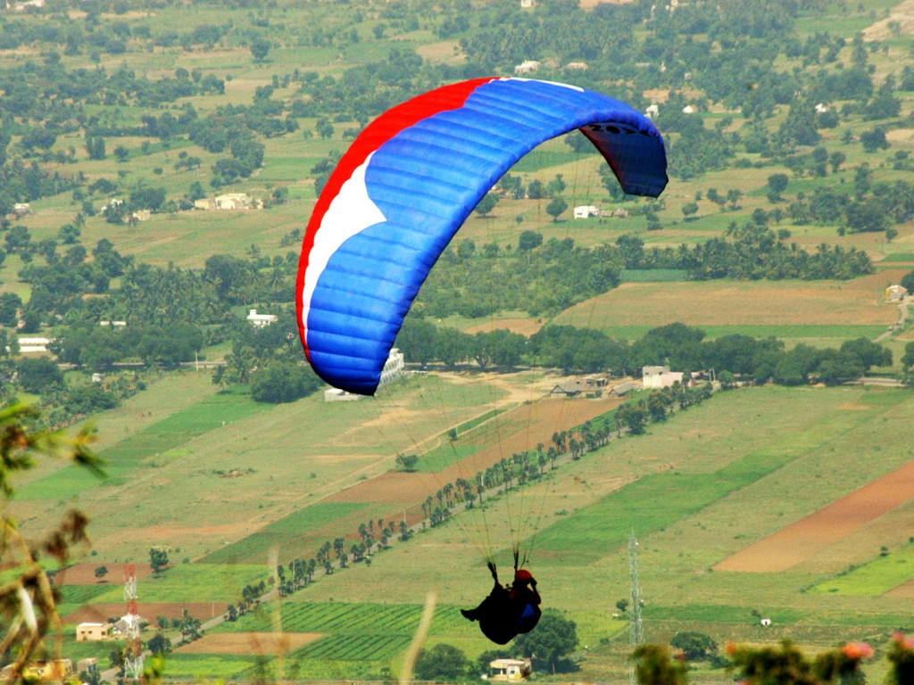 paragliding in yelagiri